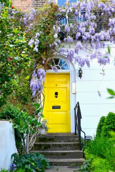 """漂う甘い花の香りの中を練り歩くクラウディ""""ロンドン""""(後編) 「春の始まりを飾るウィステリアを求めて英国旅 Vol.8」"""