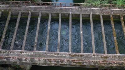 ~八ツ沢発電所一号水路橋,猿橋の横、山梨県,ドローンで空撮