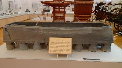 満願寺からの帰り、池田市立歴史民俗資料館の見学をしました。