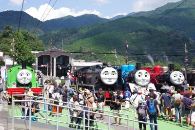大井川鐡道に機関車トーマスが勢揃い。   SLの動態保存の新しい形