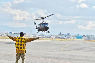 大阪 八尾でヘリコプターフライト体験