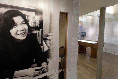 16.初夏の北海道4泊 三浦綾子記念文学館その2 三浦の自宅書斎を移築した分館