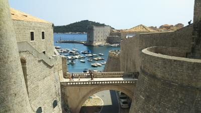 シニア夫婦で地中海クルーズ+ローマ、バルセロナの旅 18日間 no3 終日航海とドブロブニク