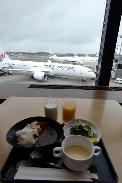 お盆休みの釜山3泊 JALサクララウンジ ザ ダイニングの朝食 サクララウンジの喫茶