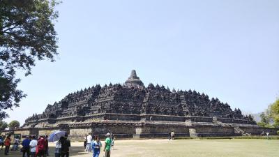 インドネシア ジョグジャカルタ、スマランの旅 その1(ボロブドール遺跡、ケプランバナン寺院遺跡群編)