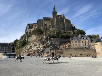 パリからツアーを使わずモン・サン・ミシェル1泊の旅