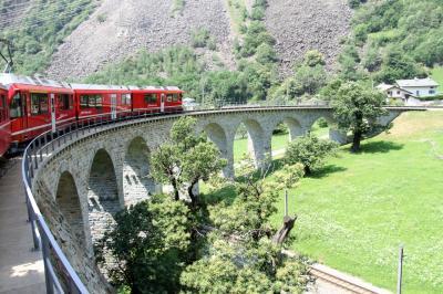 アルプス5大名峰と絶景列車の旅 3 レーティッシュ鉄道ベルニナ線に乗ろう (後編)