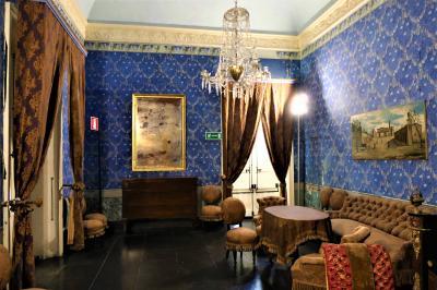 魅惑のシチリア×プーリア♪ Vol.314 ☆ドンナフガータ城:優雅な宮殿生活 赤の間や青の間♪
