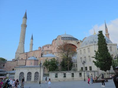 「憧れのトルコ夢紀行」はいろいろと想定外の旅。⑦イスタンブール地下宮殿。水はどこ?