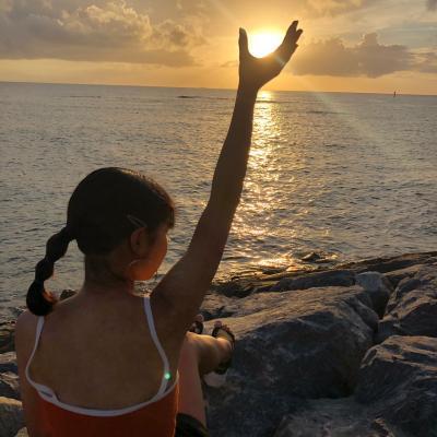 レンタカーなしの沖縄!渡嘉敷島で海ガメ、久高島でパワーの離島女子親子旅(1日目/4泊)