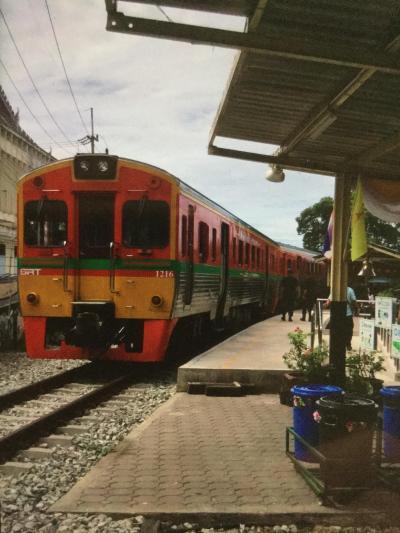Mahachaiへのローカル線鉄道の旅