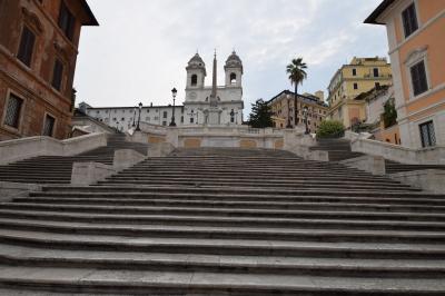 女ひとり、イタリア9日間:飲んで食べて観て。。3日目前半*スペイン広場出発して、テクテク観光*