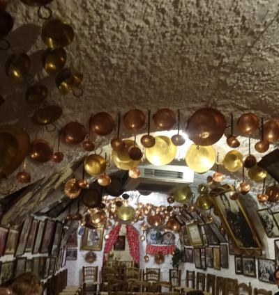 スペイン個人旅行⑦~あるグラナダの夜、迫力!洞窟フラメンコとグラナダ晩ごはん~