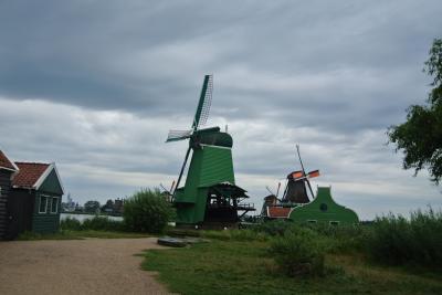 オランダ アムステルダム 風車を見にザーンセ・スカンスへ。