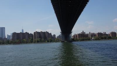 NYCを歩く。(4.8) Dumbo から East 34 丁目までフェリーでイースト・リバー観光。2.75ドル。