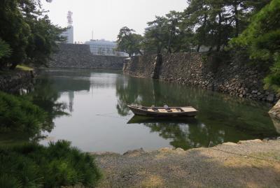 2018春、四国の百名城巡り(3/42):3月25日(3):高松城(3):高松港の眺望、月見櫓、野面積の石垣、渡櫓、水門