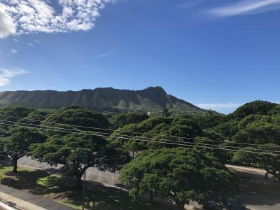 【ハワイ旅行】ホテル紹介/QUEEN KAPIOLANI HOTEL(狭・ラナイ無)【DAY1 Part2】