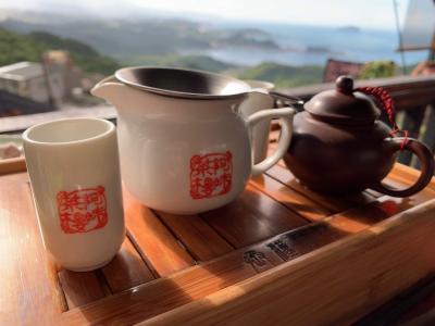 【台湾人気観光スポット/九份と十份】阿妹茶樓でお茶をして阿柑姨芋圓でスイーツを食べたら最後は天燈上げ