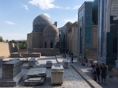 ウズベキスタン3都市を鉄道で旅する【1~2日目。タシュケント→サマルカンド編】