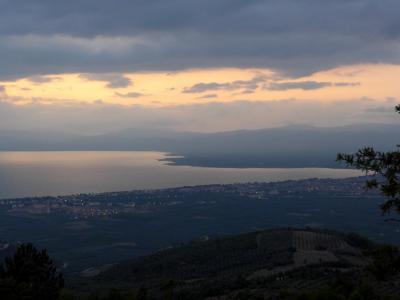 2019.8トルコの知人を訪ねる7-イズニックエコツーリズムファシリティバンガローハウスの夜と朝,Iznikを出発