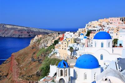 青い空・群青の海 エーゲ海での夏休み  (2)すべてが絵になる街 イア