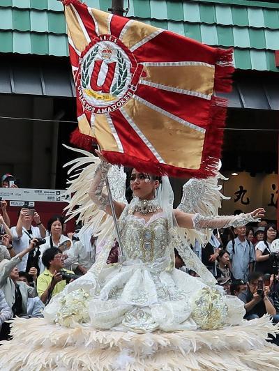浅草Samba 27  G.R.E.S. ウニアン/ドス/アマドーリス b ☆テーマ:変身/関東の大学生が主体