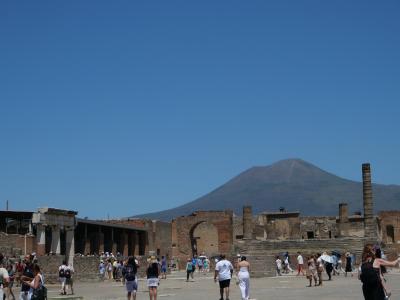 初めてのギリシャ2度目のイタリア アテネ・ローマ遺跡を歩む一人旅 6日目 ポンペイツアー編