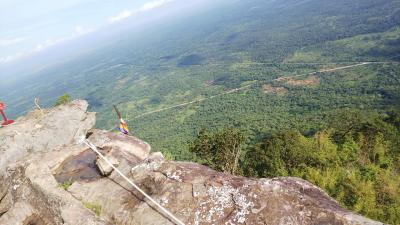 初カンボジアの3日目は、プレアビヒア観光で最高の景色を