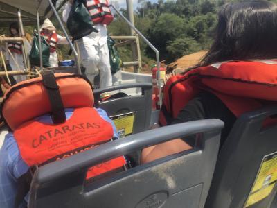 旅物語南米ツアー4日目 イグアスの滝ボートツアー