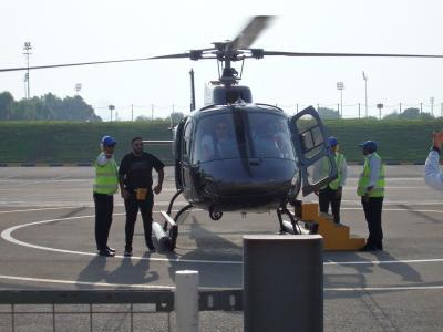 中国東方航空 新ビジネスシートで行くドバイ 2019/9 2)ヘリコプターツアー