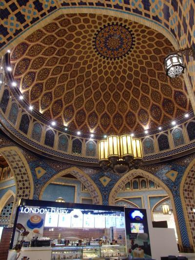 君は行ったか? 世界一美しいロンドンデイリーへ  4)イブン・バッツータ・モール Dubai
