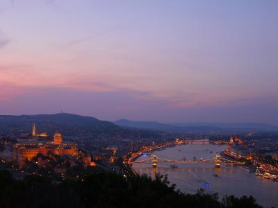 夏のハンガリーへ ドナウの真珠・ブダペストで過ごす5泊7日(2)ゲッレールトの丘からの夜景は間違いなく最高。