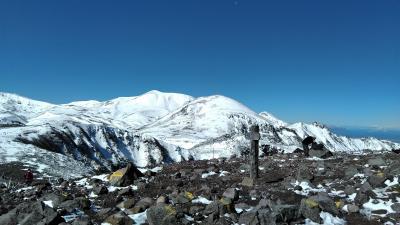 層雲峡に紅葉を見に来たつもりが!低気圧の雨が雪になり山は吹雪と言う情報が!