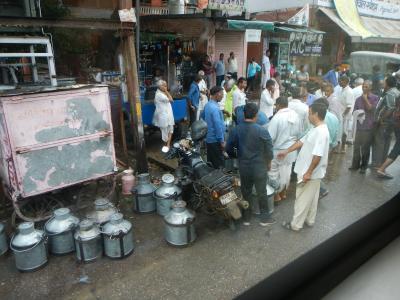 インドに呼ばれた?初めてインドはANAツアーで・・3日目ジャイプール観光そしてアグラヘ。