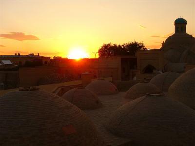 キルギスの大自然からサマルカンドの碧の世界へ、中央アジアの旅【8】宮殿はまるで万華鏡!(ブハラ後編/ウズベキスタン)