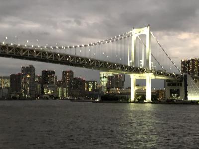 東京湾『シンフォニー モデルナ号』で、優雅にフレンチ料理をいただきながら、サンセットクルーズ♪