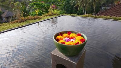 神々の息遣いを感じる場所―バリ島の休日 ③ コマネカ アット ラササヤン→カフェワヤンで夕食