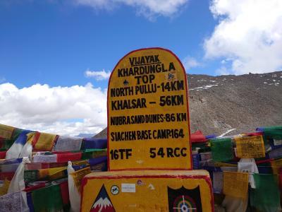 インド・ラダック~天空曼荼羅の旅⑤レー散策、カルドゥン峠で高山病(  TДT)