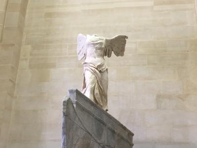 スイス アルプスの絶景とパリ、ウィーン観光18日間③ルーブル美術館で芸術、人気レストランでグルメ