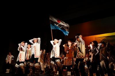 冬のシベリアへの旅8 伝説の悪路を縦断しエヴェンキ族の祭へ (Legendary road to join Evenki festival)