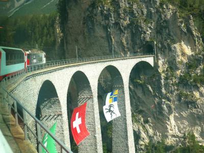 グレッシャー・エクスプレス(氷河特急)に乗って、ツェルマットからサン・モリッツへ!【スイス旅行:5日目】