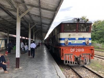 ミャンマーリベンジ(2) 列車でシュエニャウンへ