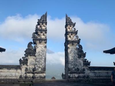 ルンプヤン寺院、写真撮影4時間待ち!