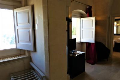 魅惑のシチリア×プーリア♪ Vol.610 ☆マテーラ:最高級ホテル「パラッツォ・ガッティーニ」優雅なスイートルーム♪
