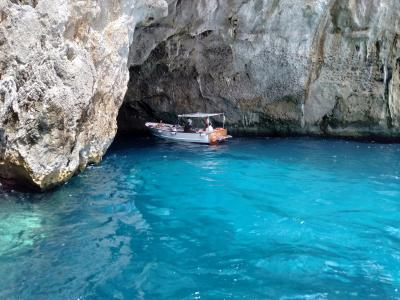 3度目のイタリア旅行 女2人旅 ~メインイベント★カプリ島 青の洞窟ツアーとタックスリファンド情報