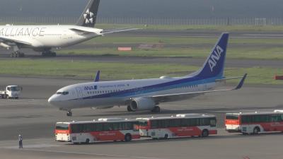 なんとなく眺めてみる午後の羽田空港と東京モノレール