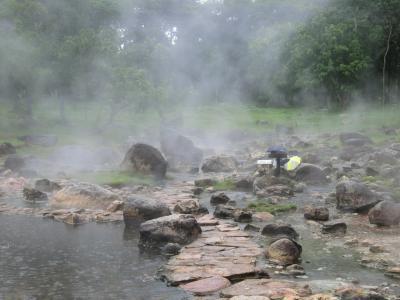 2019年 8月 国立公園の天然温泉でいい湯だな♪@ランパーン