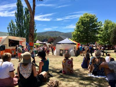 タスマニア島キャンプ旅 7 シグネットフォークフェスティバル