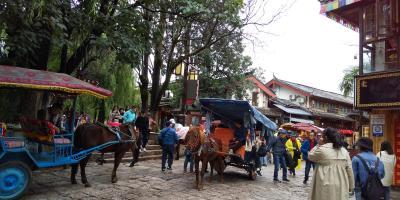 雲南省 麗江古城5泊目(7)束河古鎮へ路線バスに乗って訪れた(2019.9・21)
