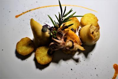 魅惑のシチリア×プーリア♪ Vol.652 ☆オストゥーニ:煌めく夜景を眺めながらディナー♪